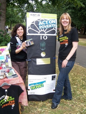 Lynda (R) with Laura (L) from CAFOD Portsmouth campaigning